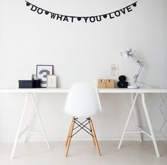 #Wordbanner #tip: Do what you love - Buy it at www.vanmariel.nl - € 11,95, 2 for € 20