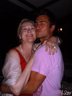 Drunk Meryl and some.. random guy lol at the Mamma Mia Wrap Party