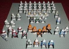 Various Lego Star Wars Clones 24x Clone Troopers 5x Clone AT-TE Gunners 4x Clone Pilots 1x Clone Sergeant 2x Green Clones 2x ARF Troopers Bomb squad -3x Standard Clones -1x ARC -1x Clone with sniper rifle Jump squad -Captain Rex with Jet pack -2x Jump troopers The Red Elite -1x Red ARC -1x Red ARC EP3 style helm -1x red ARF -1x standard -1x clone with minigun Clone leaders -Captain Rex, both versions -Commander Gree -Commander Cody And all the way on the right, the Special Forces Clone…