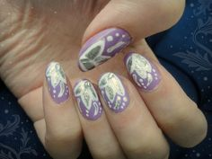 Ida-Marian kynnet / Pastel lilac with flowers / #Nails #Nailart