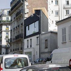 Saganaki House, surélévation d'une petite maison à Paris par BUMParchitectes - Journal du Design