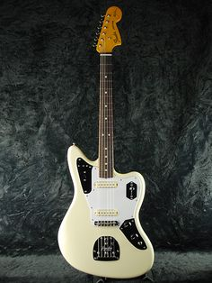 Fender USA Johnny Marr Jaguar Olympic White