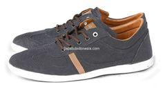 Sepatu pria GC 1030 adalah sepatu pria yang nyaman model trendy...
