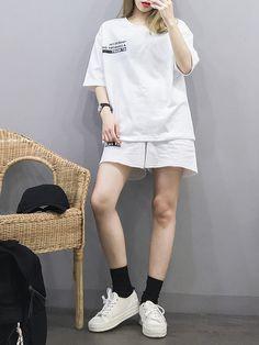 Korean Girl Fashion, Korean Fashion Trends, Korean Street Fashion, Korea Fashion, Tomboy Fashion, Fashion Outfits, Boyish Fashion, Korean Summer Outfits, Korean Casual Outfits