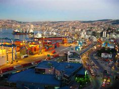 Valparaiso. Chile, I Want To Travel, Bulgaria, South America, Places Ive Been, Cool Photos, Entrepreneur, Spaces, Group