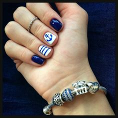 Look! Posted your fashion photos to the itfits.ru! Leave your comments and share your opinions here: http://www.itfits.ru/posts/single/7389 #manicure #nails #beautifully #fashionable #denim #ногти  #маникюр #нейл-арт