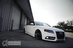 Bagged Audi A4- My car but on air... oh I want it sooo bad!!