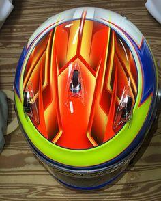 Top Art #SavageDesigns #HelmetPaint #HelmetDesign #HelmetTaping #HelmetPainting #Neon #LinesOnLines #CustomPaint #Arai @araiamericas by savagedesigns1