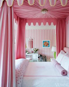 Girls Bedroom/Ruthie Sommers Veranda Magazine - (This reminds me of one of my niece's bedrooms. {sm} design interior design home design Girls Bedroom, Pink Bedrooms, Home Bedroom, Bedroom Decor, Dream Bedroom, 6 Year Old Girl Bedroom, Preppy Bedroom, Bedroom Ideas, Bed Ideas