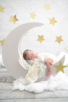 Ideas baby photoshoot props maternity pictures for 2019 Foto Newborn, Newborn Baby Photos, Newborn Shoot, Newborn Pictures, Maternity Pictures, Baby Girl Newborn, Baby Girl Photos, Newborn Baby Photography, Children Photography