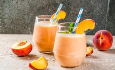 If you want to stay healthy and well hydrated this year, then you must go for these best breakfast protein smoothies, which will make your body immune and sturdy. Enjoy protein smoothies to loss your body weight. Protein Smoothies, Smoothie Proteine, Banana Oat Smoothie, Banana Oats, Good Smoothies, Frozen Banana, Workout Smoothie, Healthy Chicken Recipes, Healthy Snacks