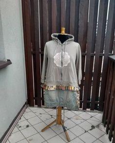 """Polubienia: 3, komentarze: 0 – Świeża Koszula (@swiezakoszula) na Instagramie: """"55 EUR 2X Upcucled Boho Gypsy Hoodie Jacket Patchwork Coat, Patchwork Style Romantic  #2X #Upcucled…"""" Upcycled Clothing, Boho Gypsy, Hoodie Jacket, Hoodies, Coat, How To Wear, Jackets, Clothes, Shopping"""