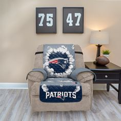 Super Chicago Bears Breakthrough Recliner Chair Cover Products Ocoug Best Dining Table And Chair Ideas Images Ocougorg