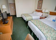 Standard Room Fort Leonard Wood, Fairfield Inn, Kick Backs, Guest Room, Bed, Modern, Furniture, Home Decor, Trendy Tree