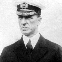 El Capitán Stanley Lord.