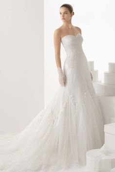 Ruched Strapless Sweetheart  Appliqued Tulle Wedding Dress with Chapel Train JSWD0260