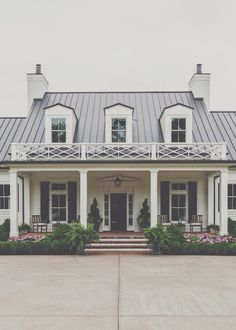 Tyler, Texas: www.avcoroofing.com We professionally perform any type of roofing, & we also create & professionally install aluminum, seamless, rain gutter(any color).