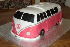 Split Screen VW Camper Van Cake  Susies Cakes cakepins.com
