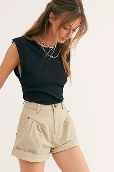 Street Walker Shorts by OneTeaspoon at Free People Denim, Tan, 31 Trendy Summer Outfits, Cute Casual Outfits, Short Outfits, Spring Outfits, Casual Beach Outfit, Vintage Summer Outfits, Beach Outfits, Girly Outfits, Summer Clothes