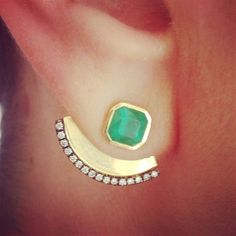 These Jemma Wynne gold earrings are a striking showcase for the Gemfields emeralds they feature