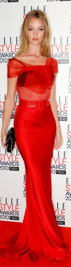 Zdjęcie: rosie huntington whiteley na elle style awards 16 Fashion Moda, Red Fashion, Red Carpet Fashion, Rosie Huntington Whiteley, Elle Style Awards, Mode Glamour, High Fashion Dresses, Dress Vestidos, Looks Street Style