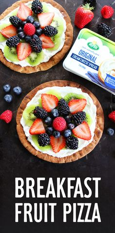 Pizza for breakfast? If your house is anything like Maria (Two Peas and Their Pod)'s, school is out and the kids are already BORED. Our four-ingredient original cream cheese atop a pizza makes breakfast time way more fun. Get the recipe here! Breakfast Fruit Pizza Recipe, Breakfast Recipes, Breakfast Pizza, Breakfast Bowls, Sin Gluten, Granola, Pizza Snacks, How To Make Breakfast, Breakfast Time