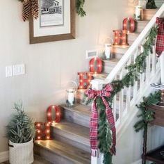These cozy Farmhouse Christmas Decorations will add country charm your home. From mantel to porch decor, there are ideas for every part of your home. Best Christmas Lights, Decorating With Christmas Lights, Outdoor Christmas Decorations, Light Decorations, Christmas Home, Christmas Wreaths, Christmas Ornaments, Christmas Ideas, Holiday Decorating