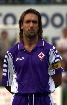 Gabriel Batistuta -Fiorentina Soccer World, World Football, Football Icon, Football Soccer, Gabriel, Sports Art, Messi, Champion, Rain Jacket