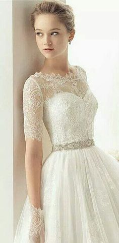 lace weeding dress