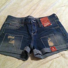 SALE Arizona jean shorts nwt Size 0 nwt arizona Shorts Jean Shorts