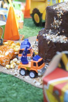 Construction Pals Party Packs #Kids #Birthday #BirthdayExpress