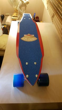 Vintage Skateboards, Skate Girl, Rolling Thunder, E Scooter, Longboarding, Cool Cars, Old School, Bike, Bicycle