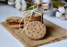 BISCUITI DIGESTIVI Cookies, Desserts, Food, Crack Crackers, Tailgate Desserts, Deserts, Eten, Cookie Recipes, Postres