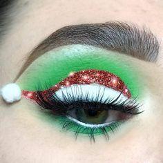 Santa Eye Makeup for Christmas makeup Christmas Eye Makeup ideas/inspirations - Fashionable, Fascinating & Fresh Makeup Eye Looks, Eye Makeup Art, Cute Makeup, Makeup Inspo, Eyeshadow Makeup, Makeup Inspiration, Beauty Makeup, Makeup Ideas, Makeup Box