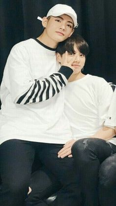 Just a couple of bts vkook couple sweet, funny, cute and jealousy moments between taehyung and jungkook and how they make up to each other. Bts Taehyung, Bts Bangtan Boy, Jhope, Jungkook 2018, K Pop, Taekook, Got7, Namjin, Yoonmin