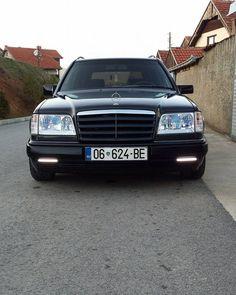 All sizes | Mercedes-Benz W124 Kombi in Kosovo | Flickr - Photo Sharing!
