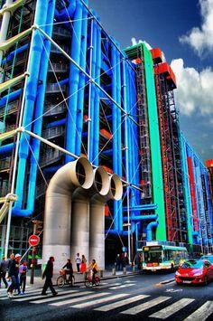 Centre Georges Pompidou, Paris - Photograph by Angel Pérez
