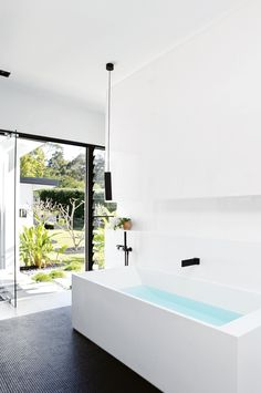 Useful Walk-in Shower Design Ideas For Smaller Bathrooms – Home Dcorz Reece Bathroom, Mission Style Homes, Black And White Interior, Australian Homes, Glass House, House And Home Magazine, Bathroom Inspiration, Bathroom Ideas, Bathroom Inspo