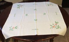 "ANTIQUE 36"" SQUARE CREAM FLORAL FRENCH KNOT EMBROIDERED FINE LINEN TABLE CLOTH"