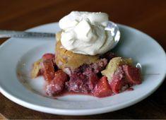 Strawberry Rhubarb Cobbler #Paleo #glutenfree #refinedsugarfree