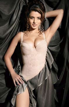 Ameesha Patel Hot And Sexy Pics Cream Color Short Nighty