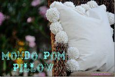 diy pom pom pillow. #diy #pillow