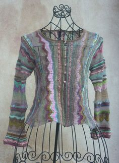 veste papillon http://elletricoteparis.canalblog.com