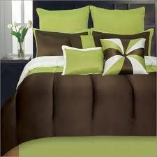 Lime Green Bedding, Neon Green Comforter Sets & Quilts: The Home Decorating Company Bedroom Green, Bedroom Sets, Master Bedroom, Bedroom Decor, Bedroom Linens, Bedroom Stuff, Bedroom Retreat, Green Comforter, King Comforter Sets