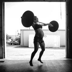 Repost from CrossFit's instagram #pregnancy #prenatal #fitness