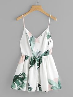 Shop Jungle Leaf Print Crisscross Back Princess Seam Playsuit online. SHEIN offers Jungle Leaf Print Crisscross Back Princess Seam Playsuit & more to fit your fashionable needs. Cute Summer Outfits, Cute Casual Outfits, Pretty Outfits, Casual Dresses, Fashion Dresses, Summer Dresses, Mode Outfits, Girl Outfits, Vetement Fashion