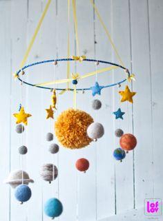 Felt Solar system mobile #solarsystem #mobile #felt #universe #planets #kids