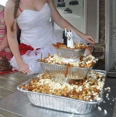 Quebec Woman Got A Poutine Cake Made For Her Wedding | MTL Blog