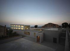 The Whale Primary School  / Studio di Architettura Andrea Milani