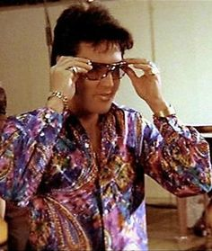 ♡♥Elvis adjusts his glasses while looking cool in a neon shirt♥♡